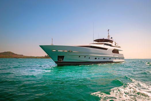 Фото онлайн бесплатно яхта, море