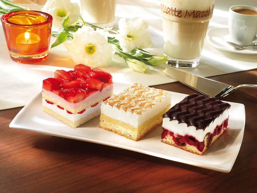 Фото бесплатно десерт, сладкое, pirozhnye, klubnichnoe, vanilnoe - на рабочий стол