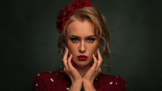 Портрет девушки на фон