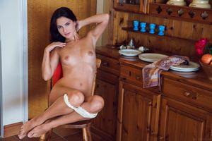 Бесплатные фото Jasmine Jazz,красотка,голая,голая девушка,обнаженная девушка,позы,поза