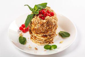 Photo free food, currants, plate
