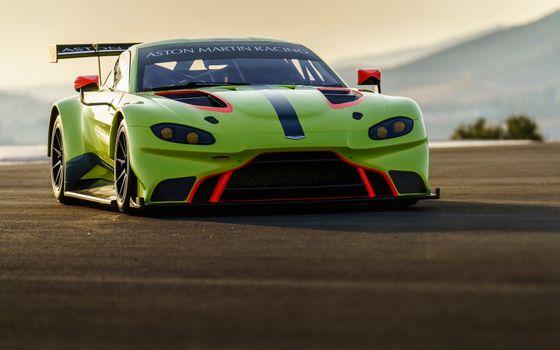 Photo free cars, Aston Martin Vantage GTE, freen