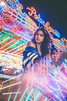 Photo free carnival, females, neon lights