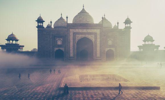 Фото бесплатно люди, туман, утро