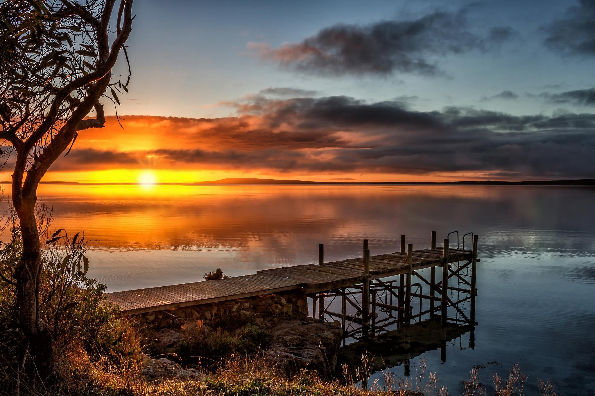 Обои озеро, закат, пирс, причал