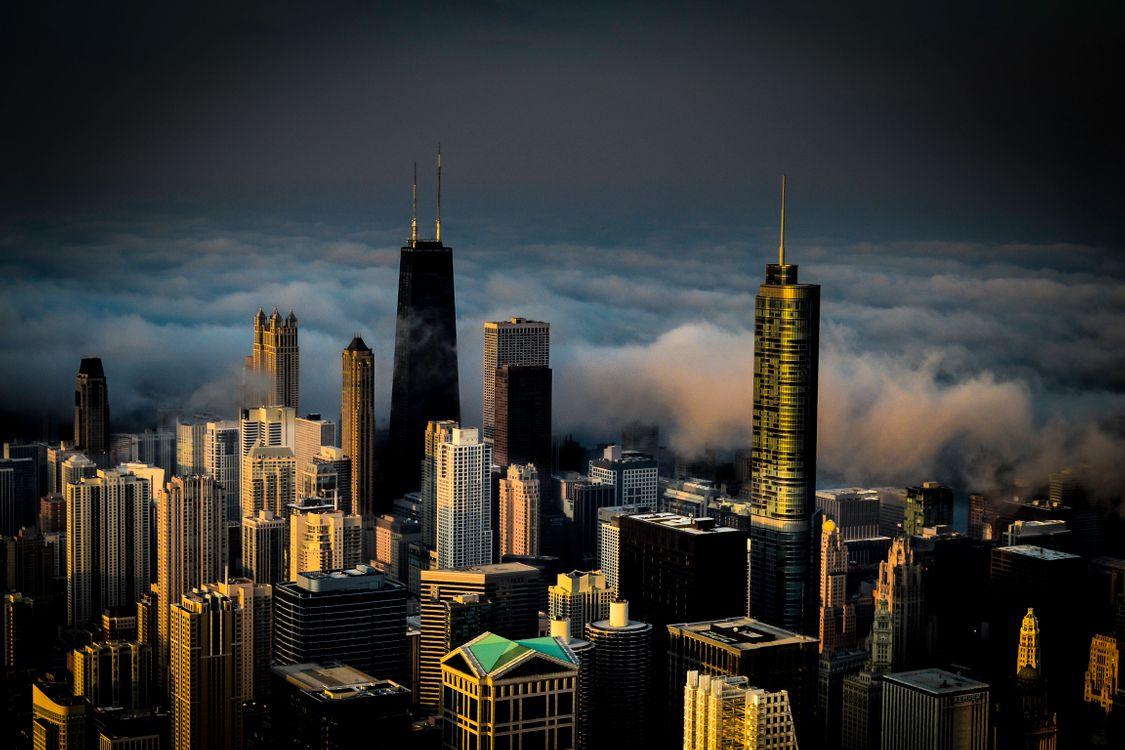 Фото бесплатно туман, Чикаго, здания, линия горизонта, башня Сиарса, городской пейзаж, столичная зона, город, небоскреб, мегаполис, городской район, ориентир, небо, кирпич, башня, город