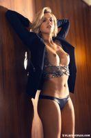 Бесплатные фото Monica Sims,модель,красотка,голая,голая девушка,обнаженная девушка,позы