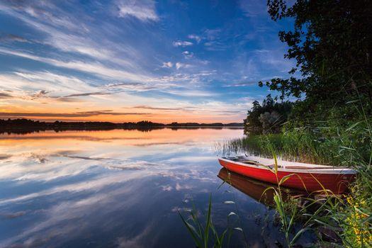 Заставки озеро, Финляндия, лодка
