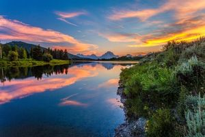 Заставки Grand Teton National Park,закат,река,озеро,лес,деревья,пейзаж