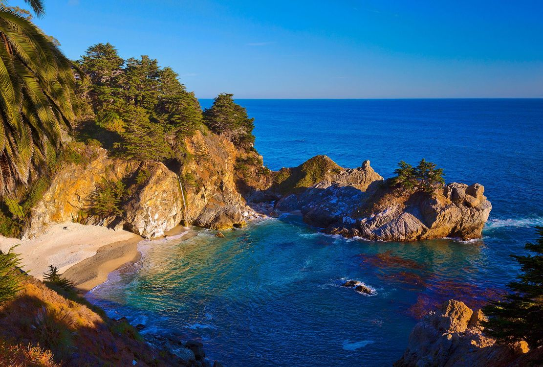 Фото бесплатно McWay Falls, Big Sur, California, Julia Pfeiffer Burns State Park, McWay Cove Beach, Биг-Сюр, Калифорния, Парк Джулии Пфайфер Берн, закат, водопад, море, берег, пляж, пейзаж, пейзажи - скачать на рабочий стол