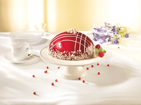 Photo free cake, raspberry, glaze