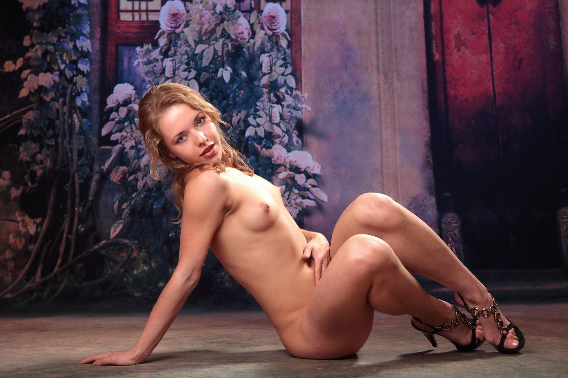 Фото бесплатно Agneta A, красотка, голая, голая девушка, обнаженная девушка, позы, поза, сексуальная девушка, модель, эротика, эротика