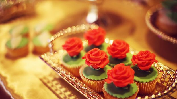 Photo free Rose cupcakes, Wallpapers HD 1920x1080