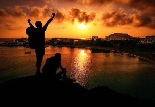Бесплатные фото приключение,утес,альпинист,место назначения,смеркаться,волнение,экстремальный,свобода,счастливый,поход,пеший туризм,поездка