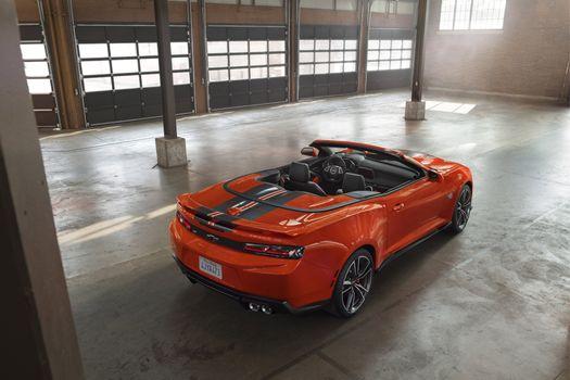 Фото бесплатно Chevrolet Camaro, кабриолет, подземная парковка