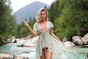 Фото бесплатно Cara Mell, на речке, на открытом воздухе