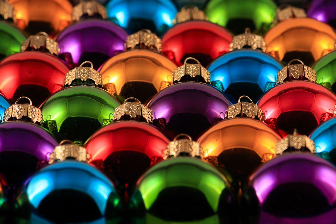 Новогодние шарики · бесплатное фото