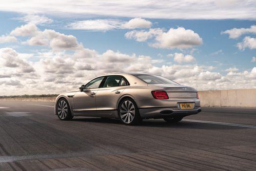 Фото бесплатно Bentley, автомобили 2020 года, автомобили