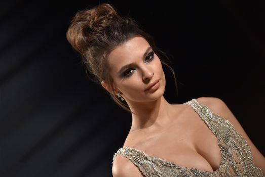 Photo free celebrities, girls, Emily Ratajkowski