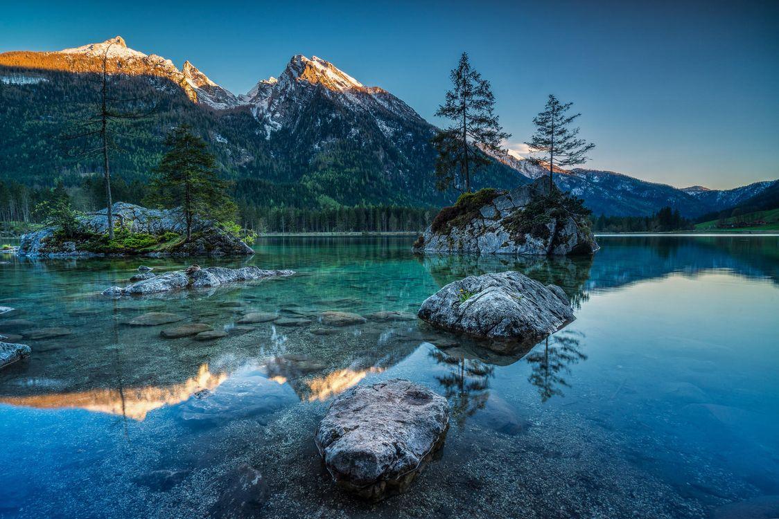 Фото бесплатно Озеро Хинтерзее, Hintersee, Германия, горы, деревья, озеро, пейзаж, пейзажи