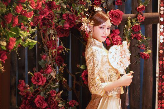 Фото бесплатно девушки, роза, азиатка