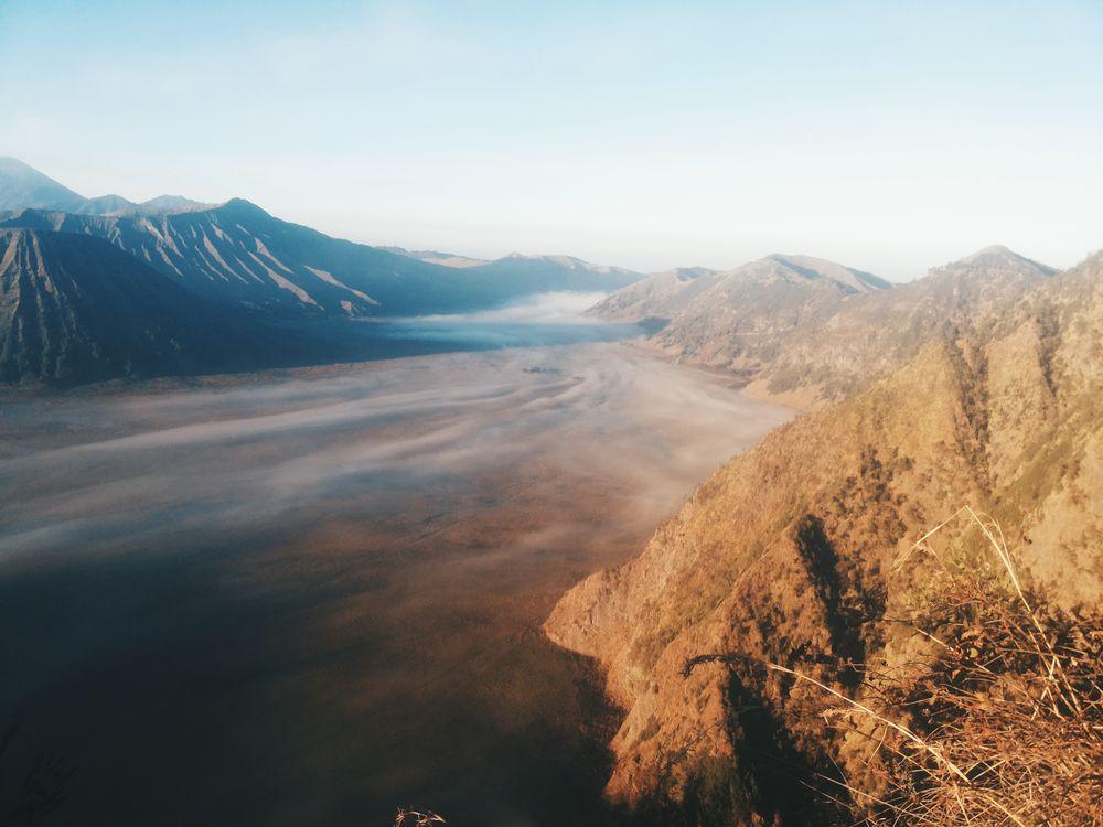 Фото горный хребет горы географическая особенность - бесплатные картинки на Fonwall