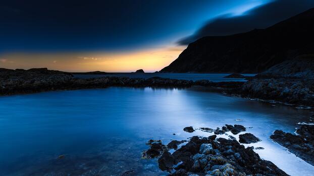 Фото бесплатно пляж, скалы, синяя ночь