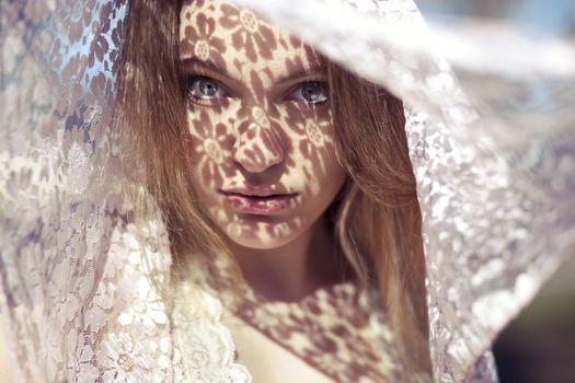 Фото бесплатно блондинка, голубые глаза, портрет лица