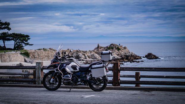 Бесплатные фото мотоцикл,велосипед,море,размытость,motorcycle,bike,sea,blur