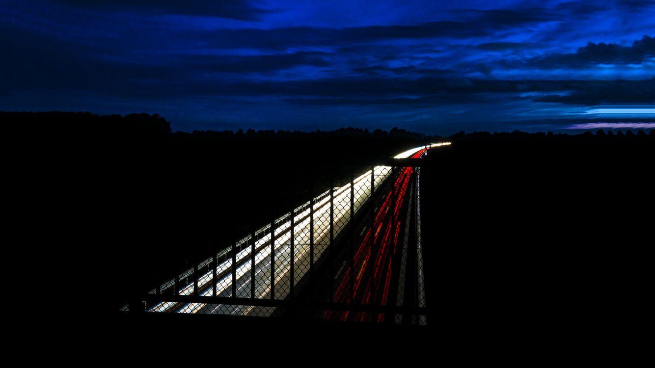 Ночное шоссе · бесплатное фото