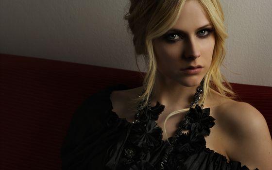 Photo free Avril Lavigne, blonde, face portrait