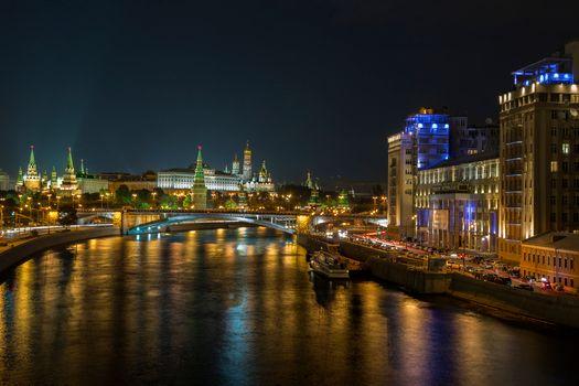 Photo free illumination, night city, Moscow river