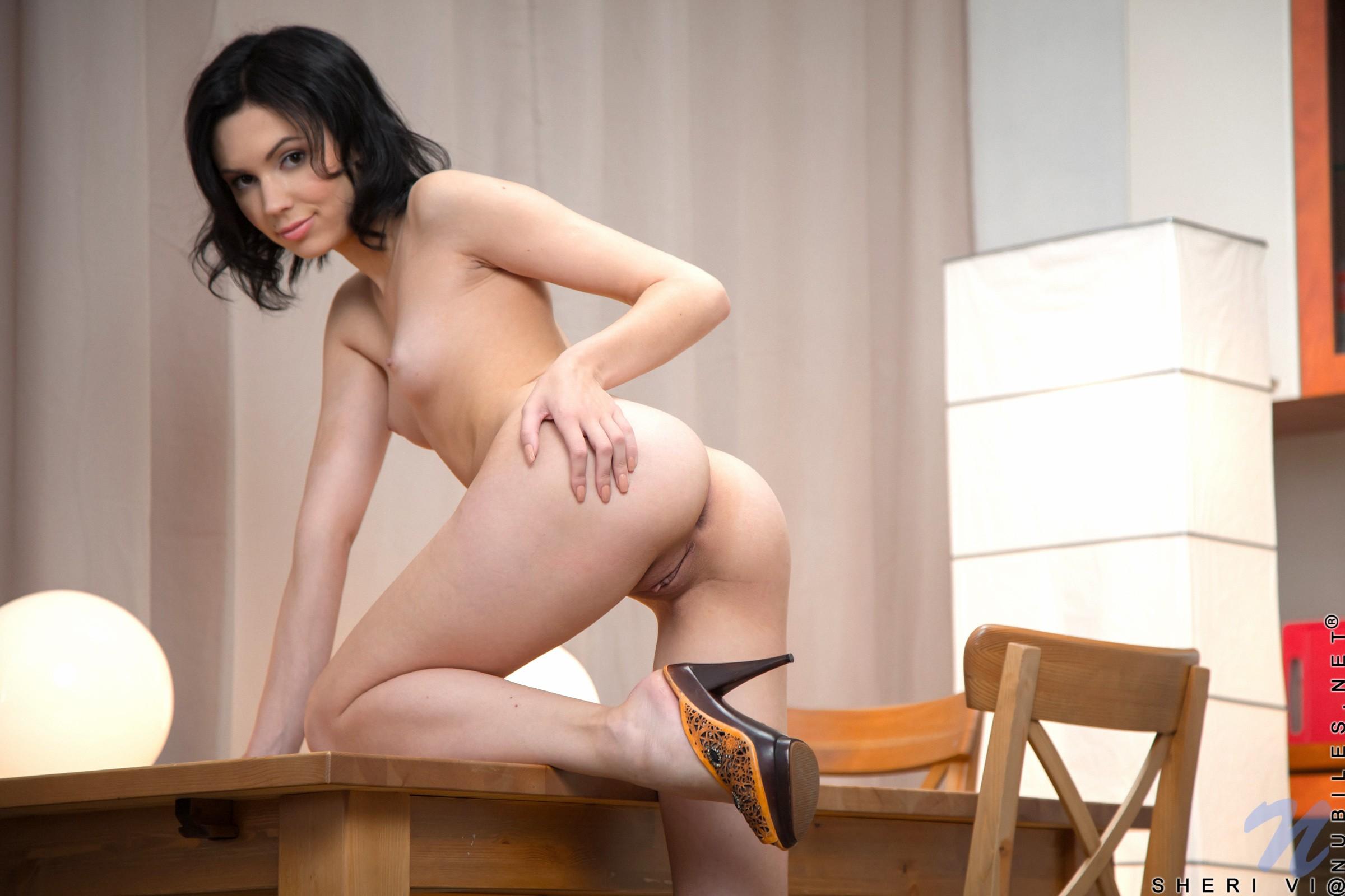порно фото девушек с медленным раздеванием хотелось добавить