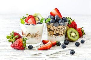 Заставки завтрак, овсянка, йогурт, ягоды, стаканы, фрукты