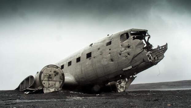 Photo free military aircraft, plane wreck, crashed plane