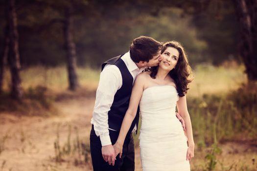 Фото бесплатно свадьба, фотосессия, поцелуй