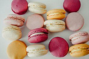 Бесплатные фото макароны,миндальное печенье,десерт,macaroons,almond biscuits,dessert