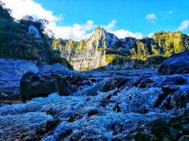 Бесплатные фото природа,река,пейзаж,пороги,брызги,течение,горы