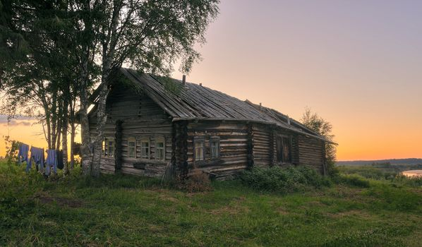 Old house - free photo