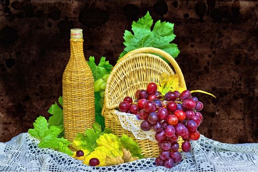 Фото бесплатно виноград, ягода, корзина, бутылка, натюрморт