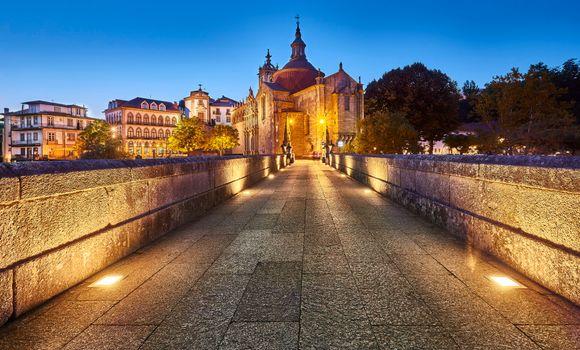 Фото бесплатно Мост Сан-Гонсало, Амаранте, Португалия