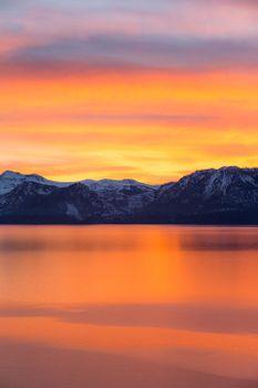 Photo free mountains, dawn, sea