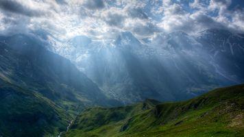 Заставки горы, ущелье, облака