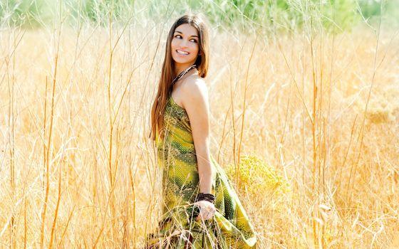 Photo free girl, model, field