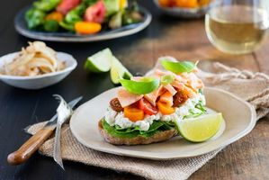 Фото бесплатно бутерброд, еда, сыр фета