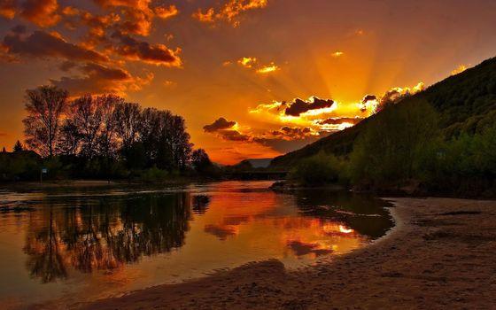 Заставки солнечный свет, закат, вода