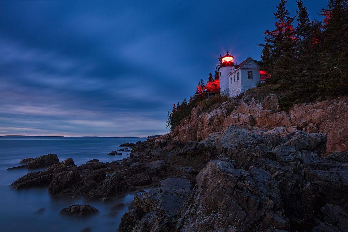 Фото бесплатно Bass Harbor Lighthouse, Acadia National Park, Maine, море, маяк, ночь, скалы, пейзаж, пейзажи