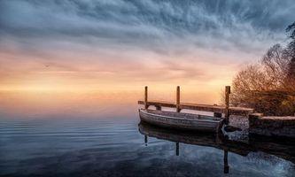 Бесплатные фото озеро,мостик,причал,лодка,закат,пейзаж
