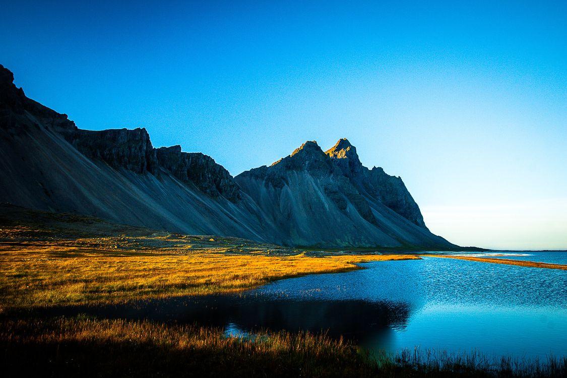 Фото бесплатно трава озеро рябь на воде - на рабочий стол