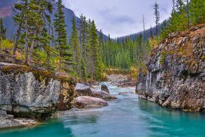 Бесплатные фото Kootenay National Park,Canada,Marble Canyon,Национальный парк Кутеней,Канада,Мраморный каньон,река